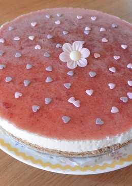 Tarta de yoghurt con cobertura de mermelada de fresa, sin lactosa. Thermomix
