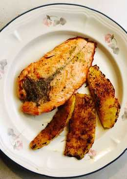 Salmon a la pimienta con piña asada