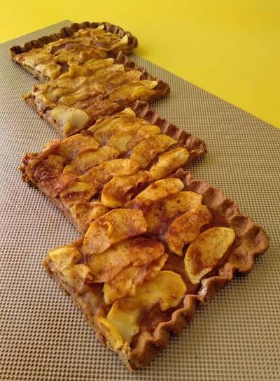 Tarta de manzana con base crujiente {sin azúcar}