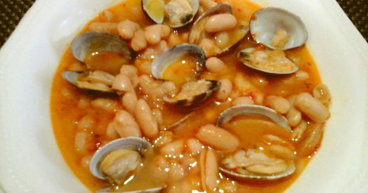 Alubias blancas con almejas de galicia receta de felipe for Cocinar judias blancas de bote