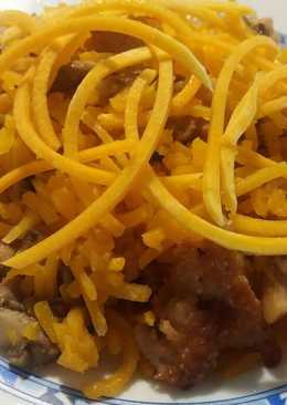 Espaguetis de calabaza con pollo y setas