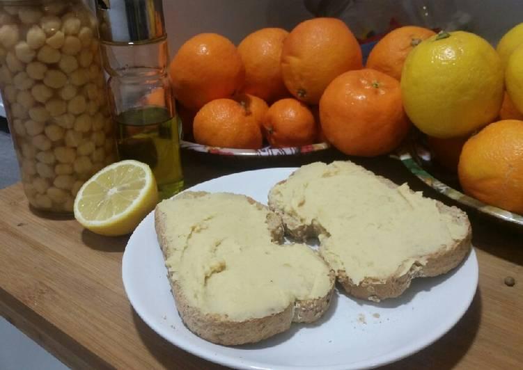Hummus de garbanzos en 5 minutos