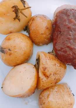 Patatas pequeñas acompañamiento para carnes de navidad