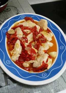 Pollo con pimientos asados