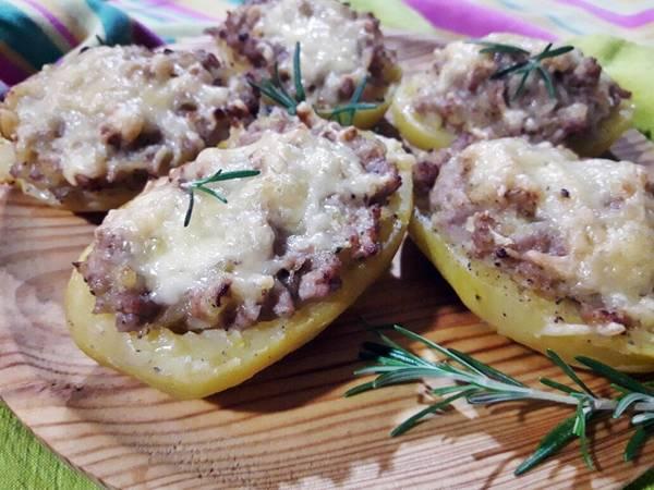 Patatas rellenas gratinadas