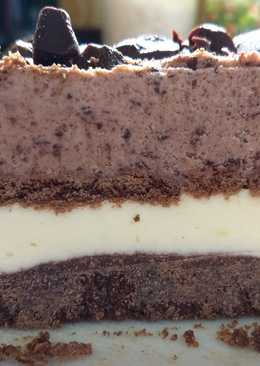 Torta helada de chocolate y limón