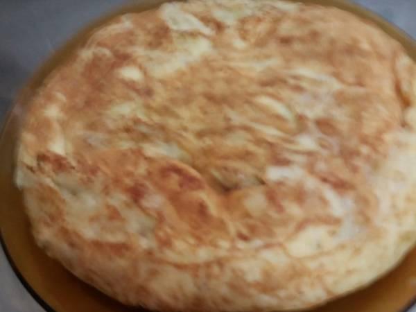 Tortilla con patata,cebolla y calabacin