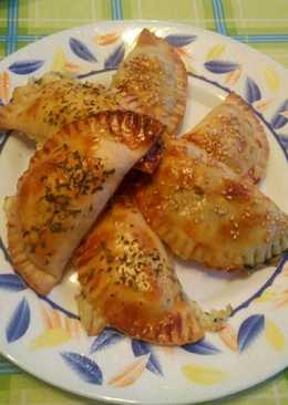 Empanadillas de salmón, espinacas y queso
