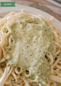 Pesto cremoso para pastas o como aderezo de ensaladas