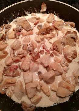 Pechuguitas con nata y champiñones