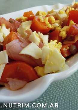 """Ensalada """"Día de la Primavera"""", con vegetales crudos y cocidos"""