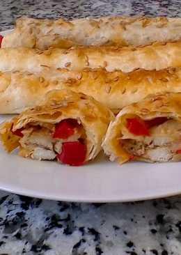 Gusanojaldres de pollo y pimiento🐛 - Gusanitos de hojaldre🍗