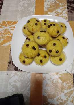 Magdalenas de naranja con pepitas de chocolate sin azúcar