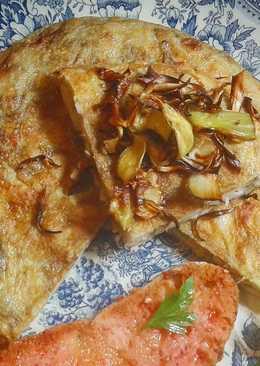 Tortilla de alcachofas, bacon y judías blancas