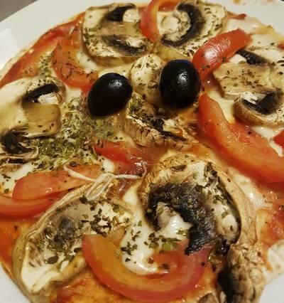 Pizza de Tortillas de Trigo