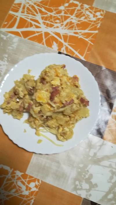 Patatas revolcona con bacon y queso en la olla GM g