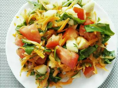 Ensalada de Espinaca, Zanahoria y Tomate