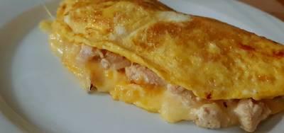 Omelette de pollo al curry