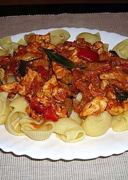 Caracoles con pechuga de pollo y salsa detomates al laurel