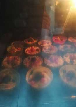 Tartaletas de hojaldre con frutos rojos