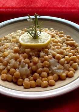 Garbanzos con arroz a la griega