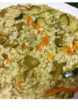 Arroz meloso de habas, zanahoria, calabacín y brócoli