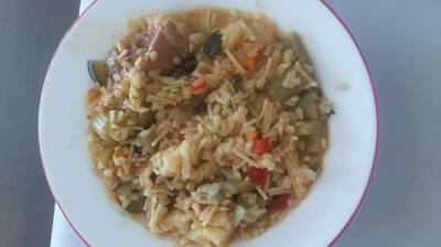 Cocido con cuello pasta y verduras