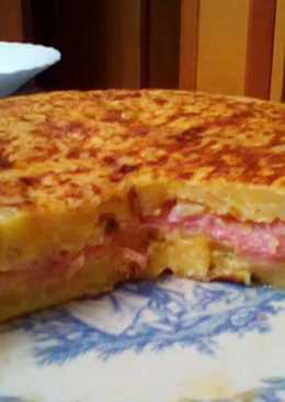 Tortilla con 4 quesos y jamón serrano