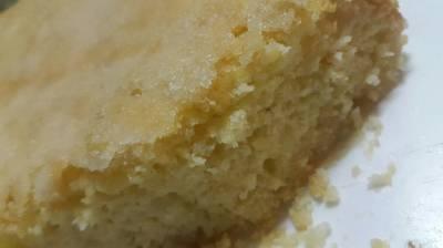 Torta húmeda de manzanas y peras