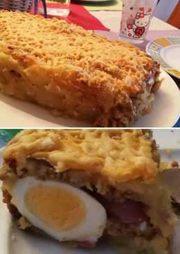 Pastel de carne y patata con sus compis de nevera