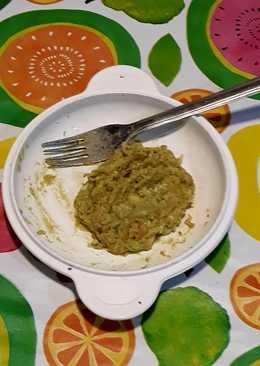 Paté de aguacate con ajos al horno