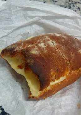 Pan de nueces con queso al horno