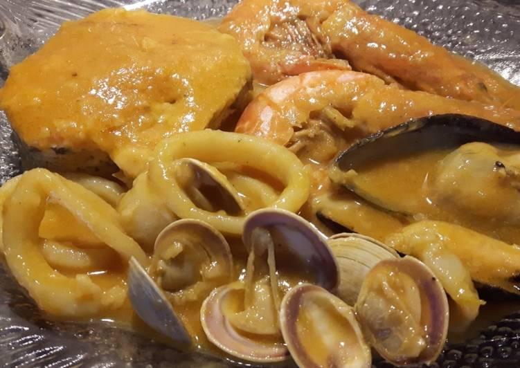 Zarzuela de pescado y marisco receta de cocina la for Cocinar zarzuela
