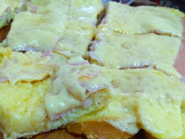 Tostadas francesas con jamón y queso 😋