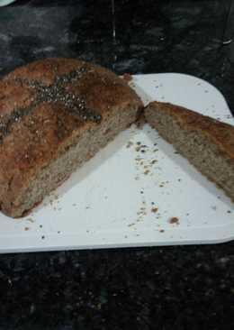 Pan de espelta a las cuatro especias. Hecho en bol de pirex