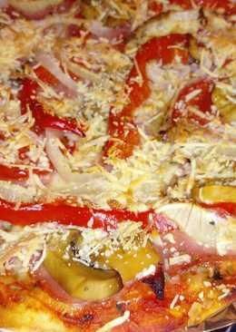 Pizzacasera de verduras con atún, buenísima!!