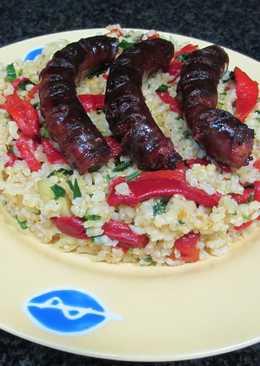 Chistorra con arroz integral y pimientos de piquillo