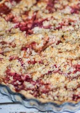 Tarta crumble de ruibarbo y fresas