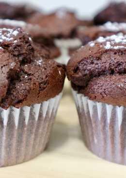 Magdalenas de chocolate esponjosas y con copete