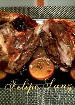 Pollo relleno de boletus, pavo y manzana