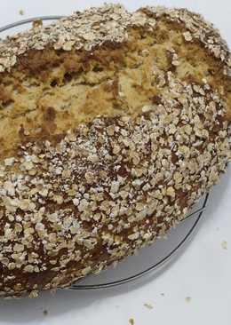 Pan rústico de avena integral enriquecido con leche de avena