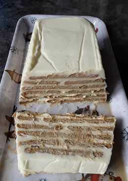 Tarta de galleta con crema de limón