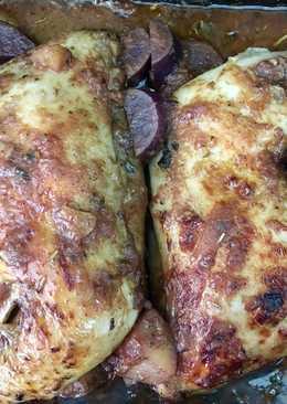 Pollo en salsa de vino tinto, naranja y miel