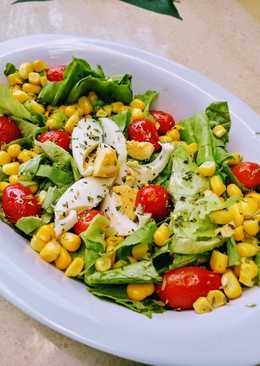 Ensalada de vegetales y huevo
