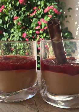 Crema de natillas con cobertura de mermelada casera de fresas #recetasdeverano