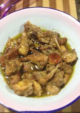 Conejo con curry al ajillo