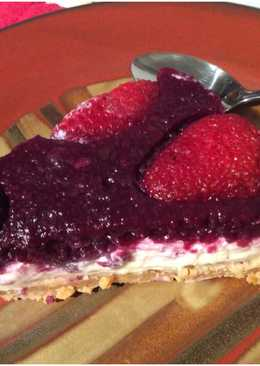 Pie (tarta) de queso con frutos rojos