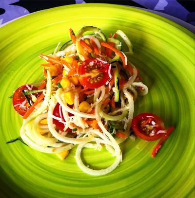 Ensalada de espirales de calabacín con vinagreta fresca 🥗🥗🥗