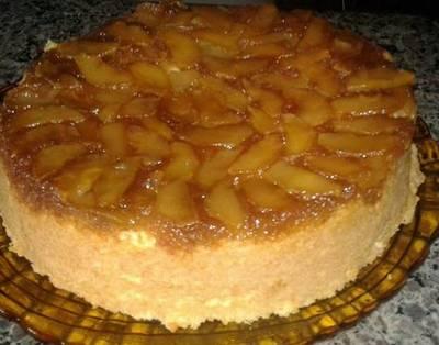 Torta invertida de manzana