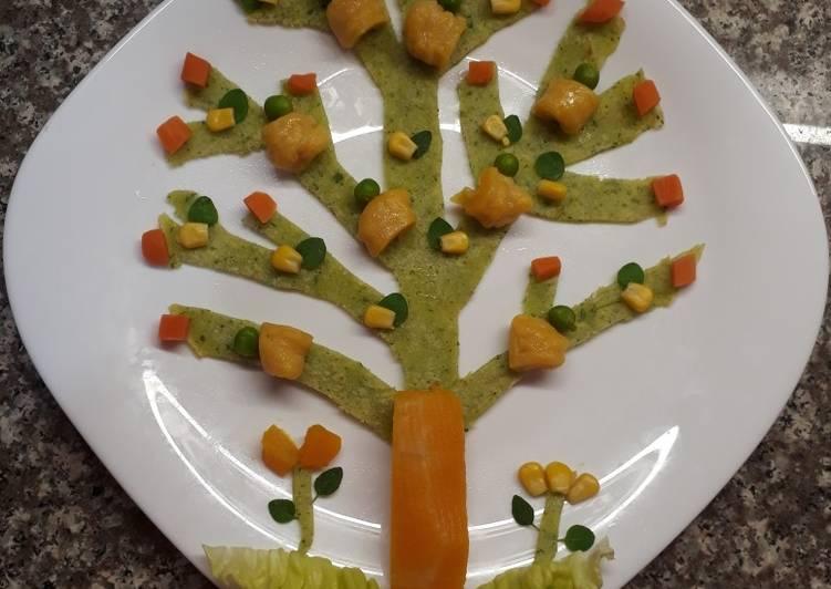 Arbolito colorido con filloa de perejil